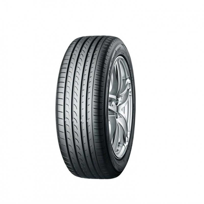 Шины 225/65 R17 Yokohama BluEarth RV02 106V